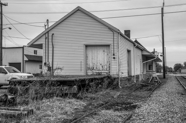 2018 Bad Axe RR Depot & St. Charles Caboose by...