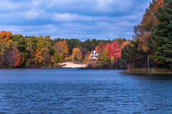 2018 Fall Colors around Lake Gitchegumee in Buckley,...