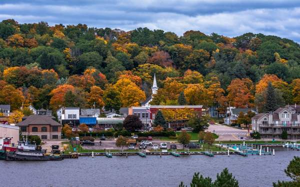 Fall Colors in the City of Frankfort, Michigan