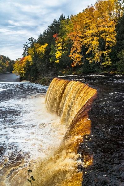 2019 Fall Colors around the Upper Tahquamenon Falls...