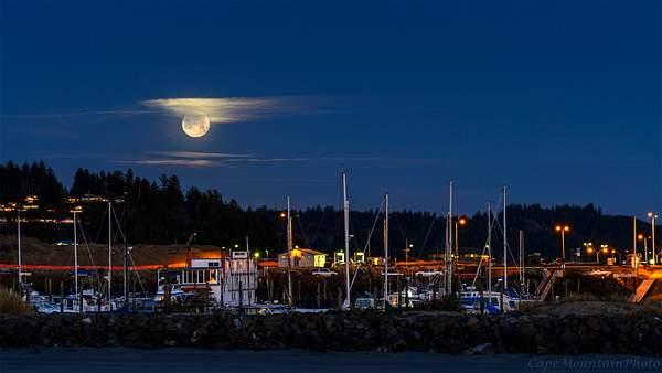 Newport Marina Moon