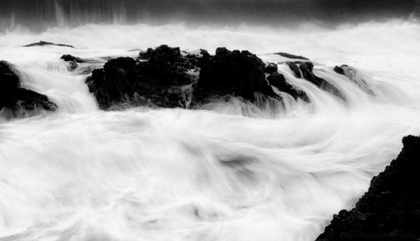 Swirling Sea black and white