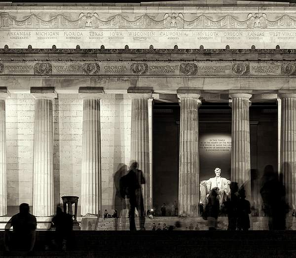Lincoln Memorial At Twilight B and W crop