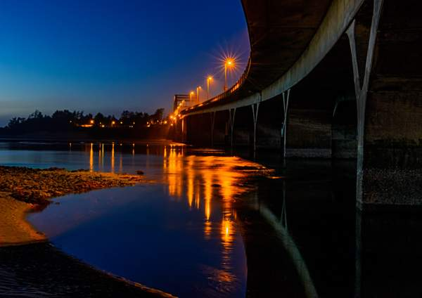Waldport-Bridge-Night