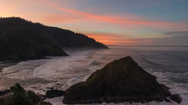 Sunrise-at-Heceta-Lighthouse-