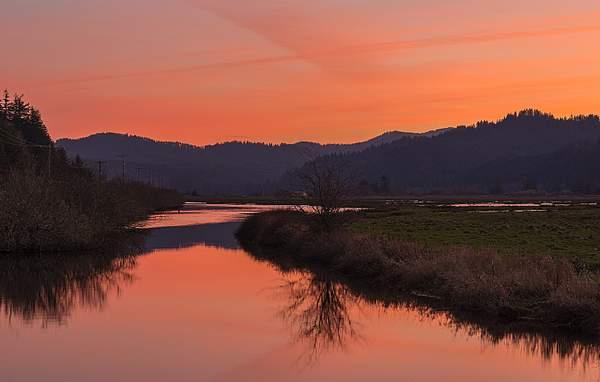 Sunrise-Reflected-On-Siuslaw-(1-of-1)-copy