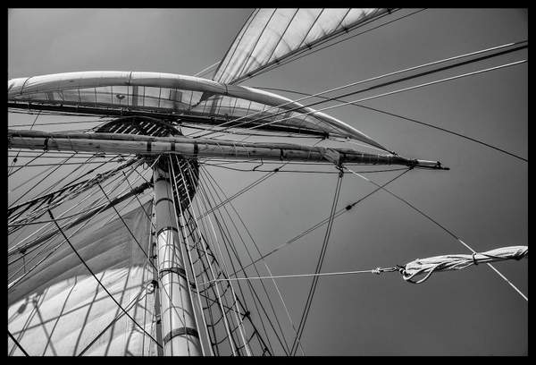 Rigging b and w