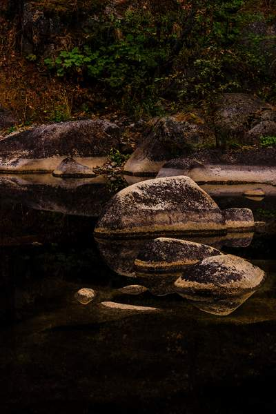 Rocks In a Line At the Quiet Spot )
