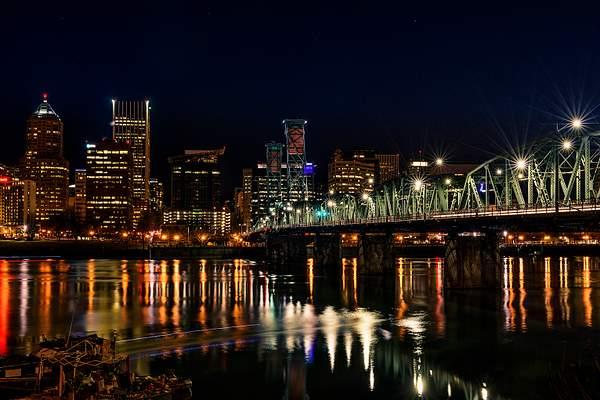 Hawthorne Bridge At Night with Kayak Motion Blur(1 of 1)