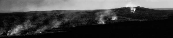 Black and White Smoing Caldrond