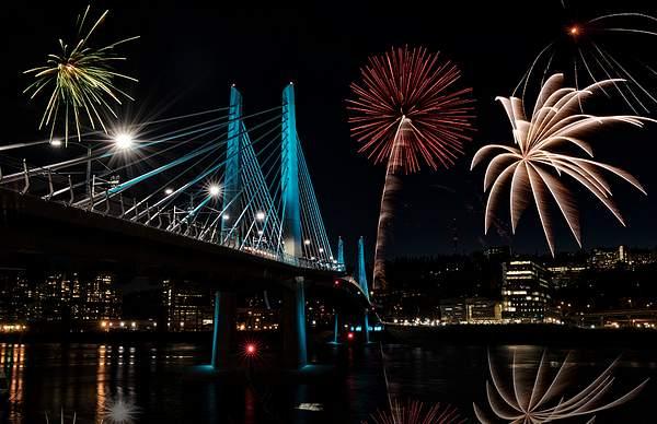 Fireworks At Tilikum Bridge
