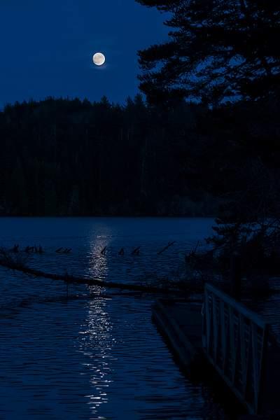 Munsel Lake Moonrise