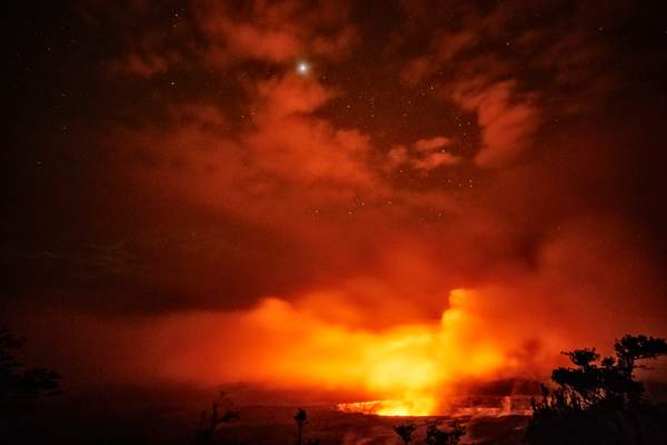 A Few Stars Came Out at Kilauea Volcano