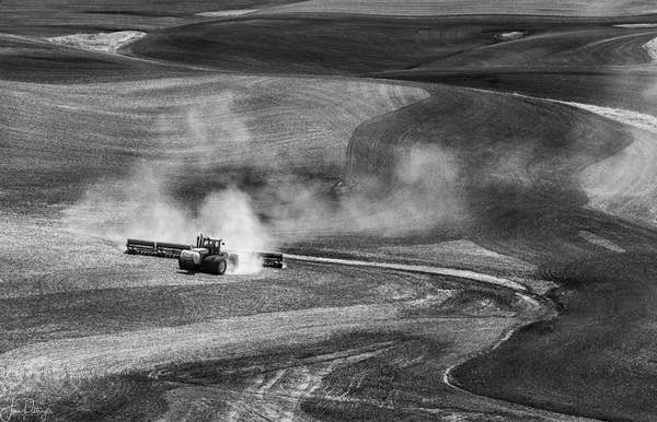Dust in the Palouse 2
