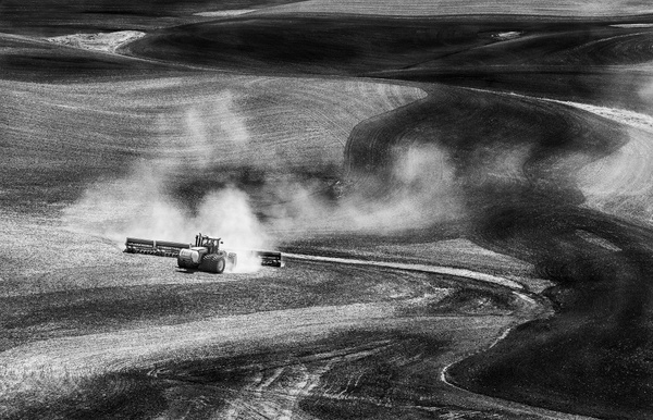Dust in the Palouse B and W