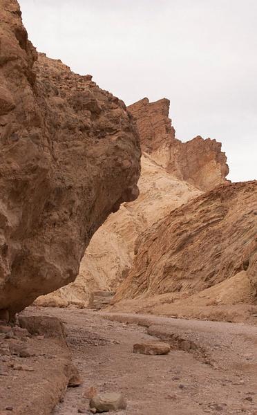 LAN_3914 Golden Canyon by Robert Duncan