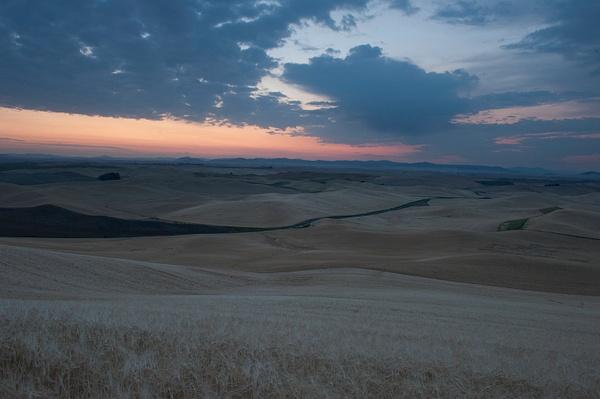 Palouse Area 2013-6116 by Robert Duncan