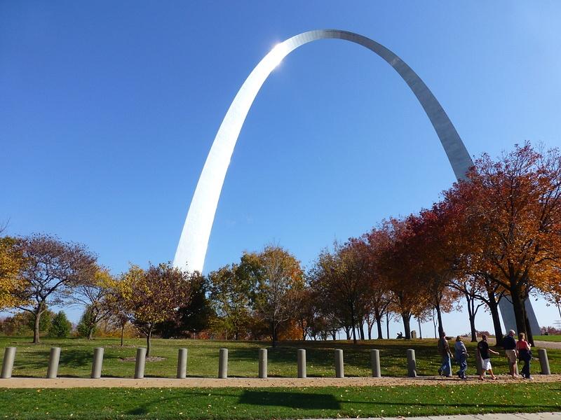 St Louis arch (2)
