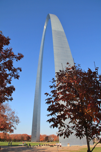 St Louis arch by Gary Acaley