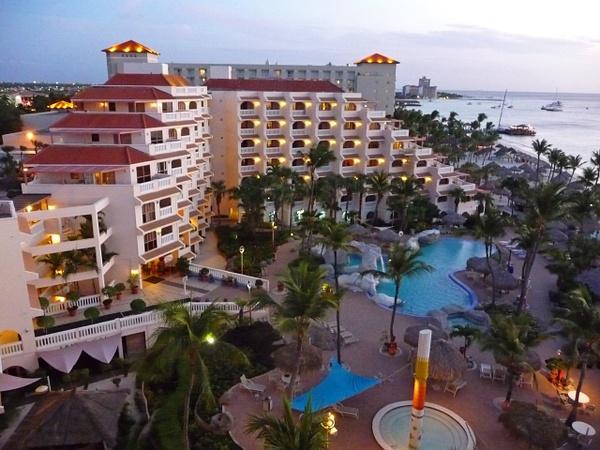 Aruba (2) by Gary Acaley