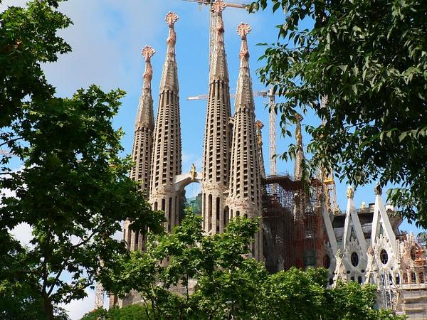 Barcelona Gaudi (17) by Gary Acaley