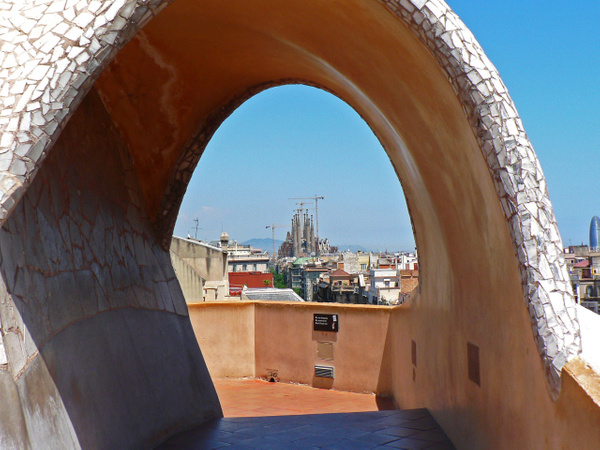 Barcelona Gaudi (20) by Gary Acaley