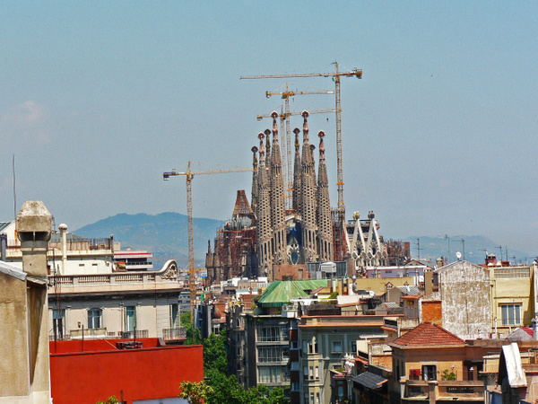 Barcelona Gaudi (21) by Gary Acaley