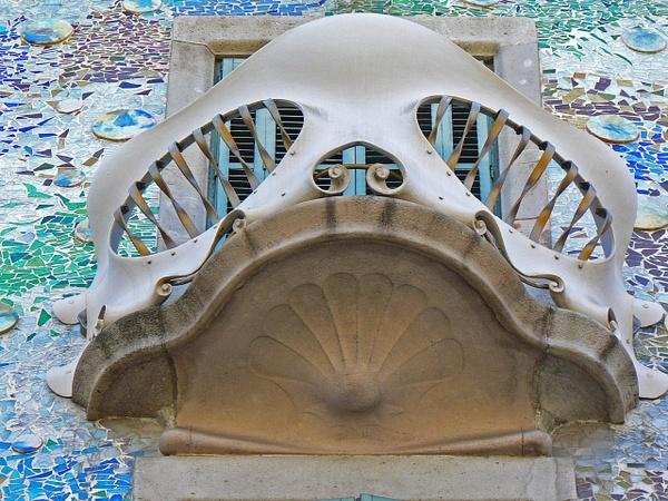Barcelona Gaudi (26) by Gary Acaley