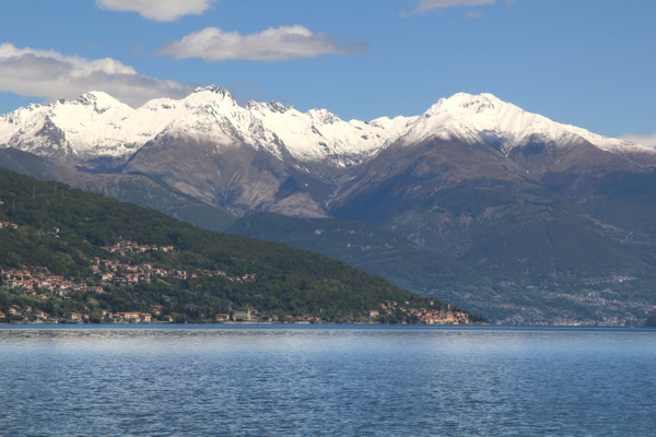 Lake Como Alps by Gary Acaley