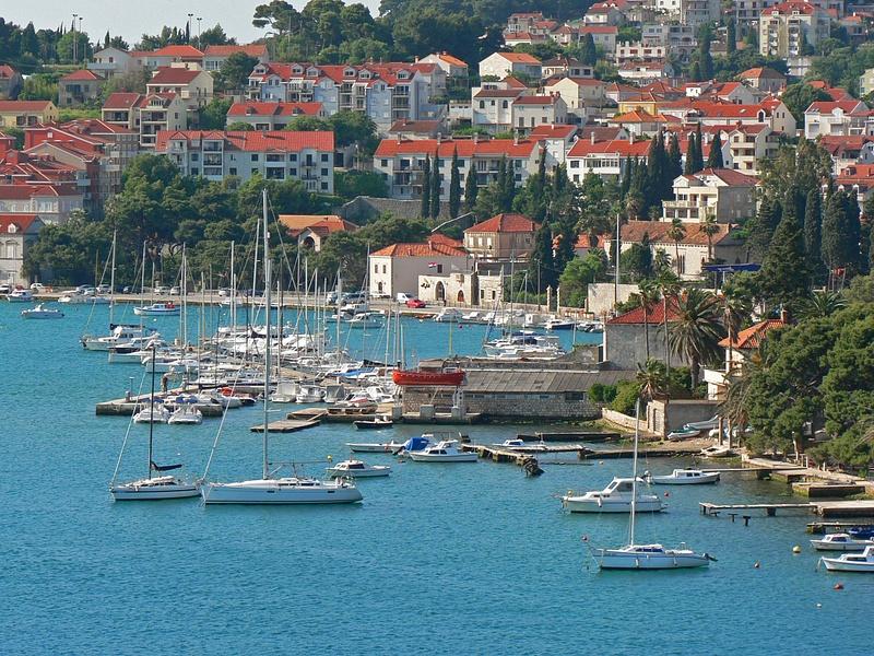 Croatia (2)