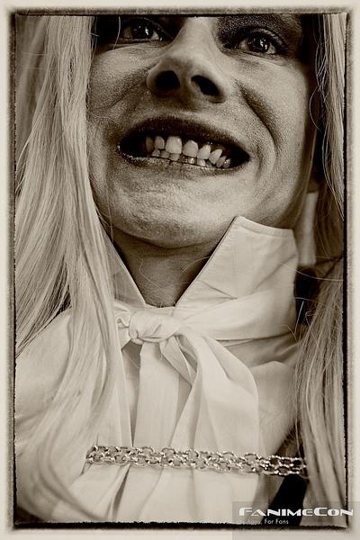 Aiucard, Vampire Hunter-Y2g 300 by Greg Edwards