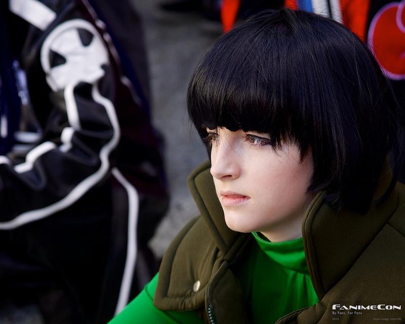 Spectator in green (1)