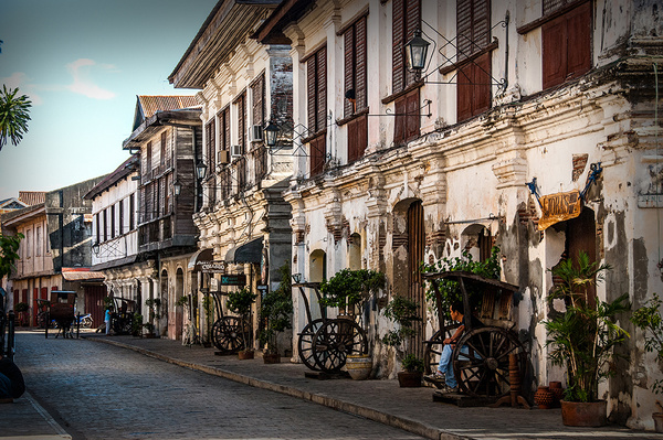 Historic_Town_Vigan_01 by alienscream
