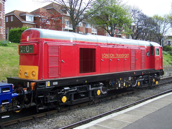 20189-1 Swanage 12-05-13 by AlvinKnight