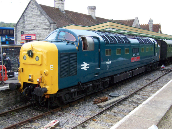 55019-1 Swanage 12-05-13 by AlvinKnight