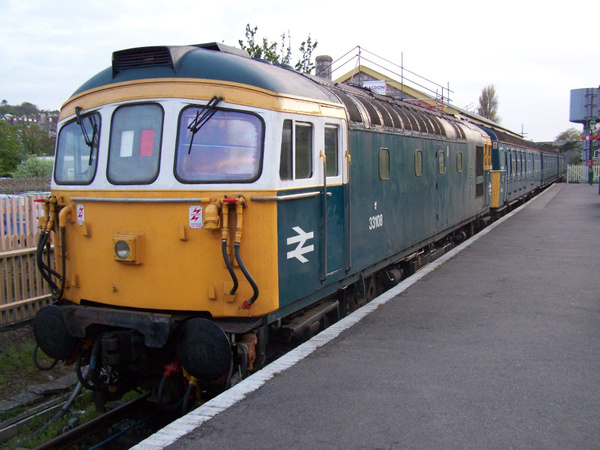 33108-1 Swanage 11-05-13 by AlvinKnight