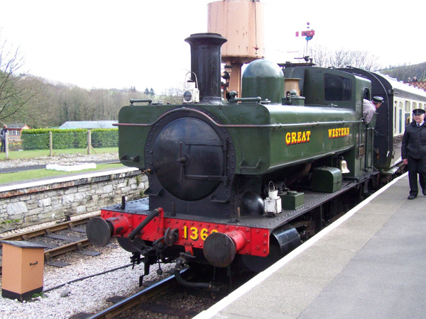 1369-1 Buckfastleigh 30-03-13 by AlvinKnight