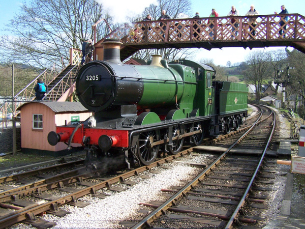 3205-2 Buckfastleigh 30-03-13 by AlvinKnight