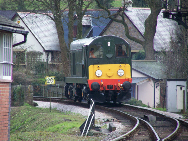 20110-1 Buckfastleigh 30-03-13 by AlvinKnight