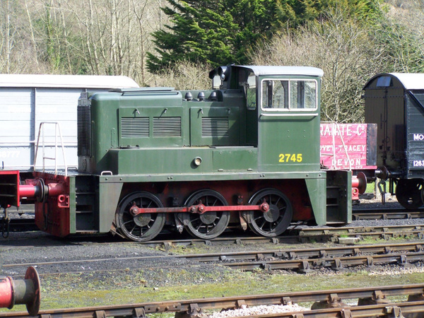 YEC 2745 Buckfastleigh 30-03-13 by AlvinKnight