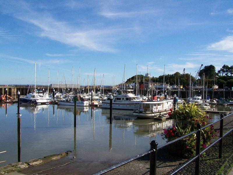 Another veiw of Watchet harbour 06-10-12
