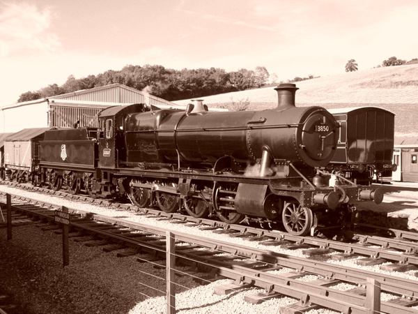 Sepia veiw of 3850 Shunting at Washford 06-10-12 by AlvinKnight
