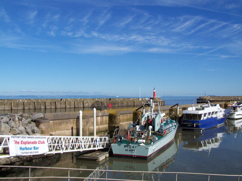 Veiw of Watchet harbour 06-10-12