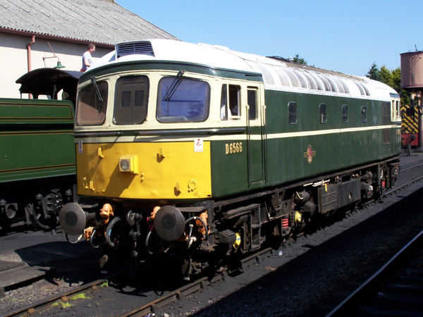 33048 Minehead 08-06-13 (3) by AlvinKnight