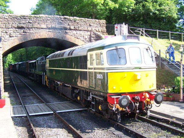33057 Bishop Lydeard 08-06-13 (2) by AlvinKnight