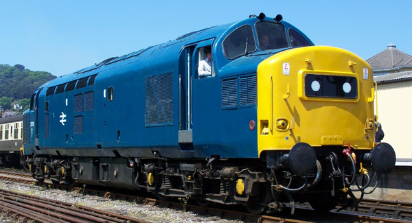 37215 Minehead 08-06-13 (3) by AlvinKnight