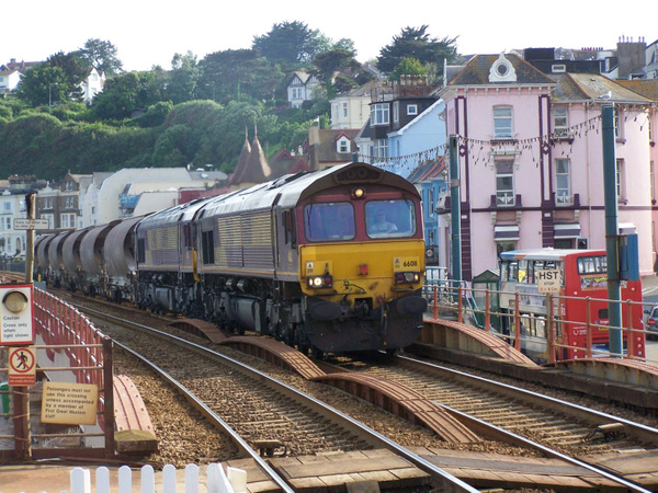 66011-091 Dawlish 19-06-13 by AlvinKnight