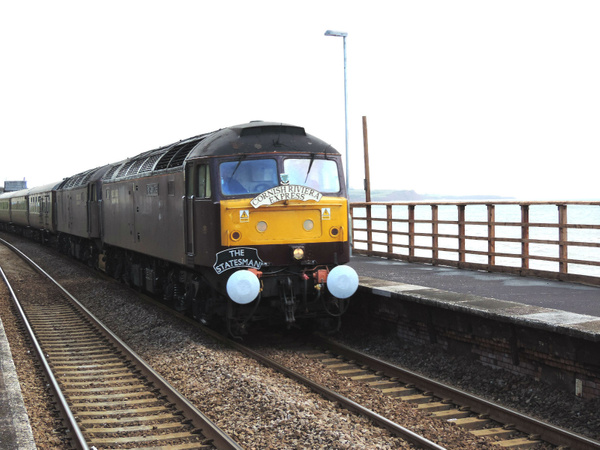 47786 Dawlish 22-06-13 by AlvinKnight