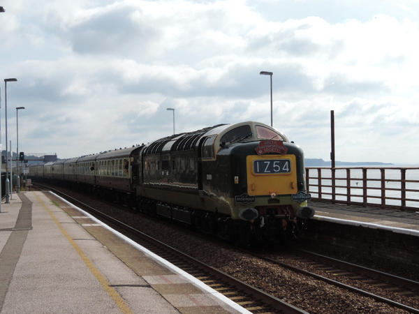55009 Dawlish 29-06-13 by AlvinKnight