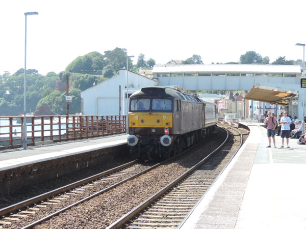 47786 Dawlish 31-08-13 by AlvinKnight